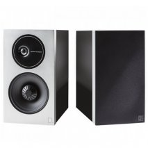 Definitive Technology D11 High Performance Bookshelf Speakers in Black pair