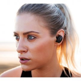 Bose Bluetooth Sport Earbuds in Triple Black 4